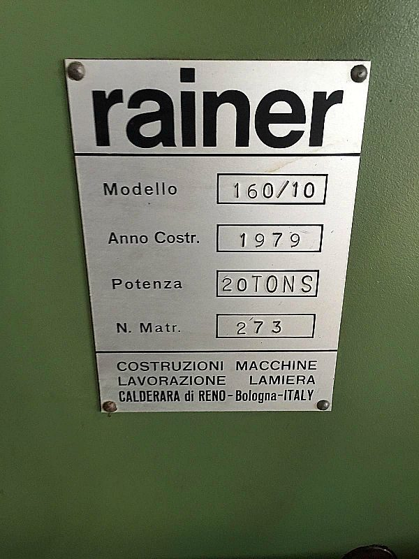 Rainer_punzonatrice_mono_punzone_controllata_attrezzatura_officina_meccanica