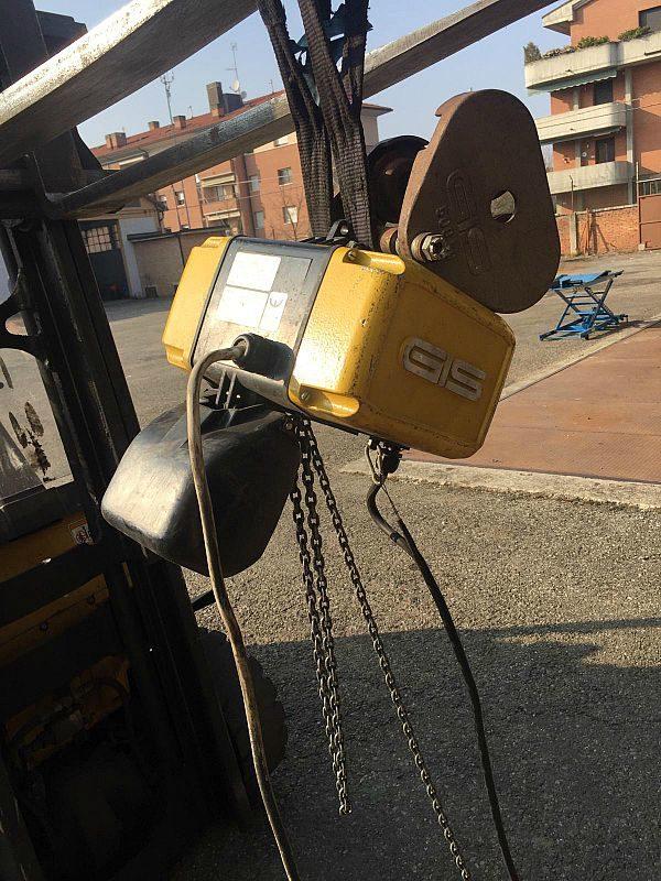 Paranco_a_catena_elettrico_CIS_kg_200_attrezzatura_officina_meccanica